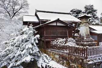 japanese_temple_winter_snow